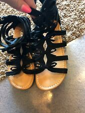 Report Girl's Black Gladiator Sandals With Bows - Size 4. New With Tags