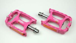 [US SELLER] Wellgo M138 Magnesium Mountain Bike Pedal MTB Pedals 238g - Pink