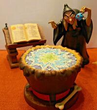 """Disney WDCC Snow White Figurine """"EVIL TO THE CORE-WITCH & CALDRON"""" w/COA NO Box"""
