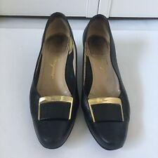 Salvatore Ferragamo Noir pour Femmes Talon Chaussures or Taille de la Boucle 5.5