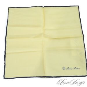 NWT Brooks Brothers Solid Lemon Yellow Navy Piped Silk Hand Rolled Pocket Square