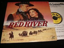 "RED RIVER<>JOHN WAYNE<>2X12"" Laserdiscs<>MGM HOME VIDEO ML 103969"