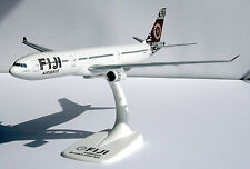 Tap portugal Airbus a320-200 1:200 HERPA 610209 snap-fit avion flytap a320