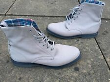 Dr Martens Tobin grey canvas boots UK 9 EU 43
