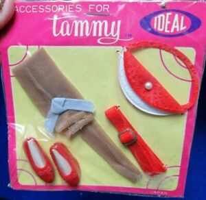 RARE~1963~NEW+ MINT~TAMMY~JAPAN ACCESSORY PAK~SEALED~NYLONS-PURSE-BELT+RED SHOES