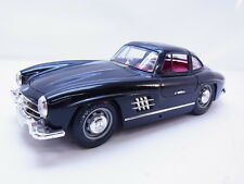 51107 Burago 1:18 Mercedes-Benz 300SL Flügeltürer 1954 schwarz Modellauto