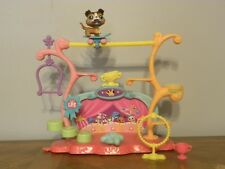 Littlest Pet Shop Tricks and Talents Show with #237 Collie and disc