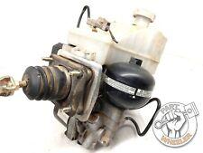 1999-2002 Mitsubishi Montero ABS Brake Pump Booster Assembly MR977461