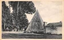 Italy Roma, Pyramid of Caius Cestius, Caio, Pyramide