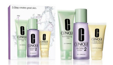 Clinique Set three-step Hello Introduction Skincare Skin types 1 & 2