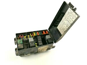 Ford Focus MK1 Engine Area Under Bonnet Fuse Relay Box Tray Compartment Assem