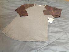LulaRoe Randy 2XL Pattern sleeves/Gray-green Solid Body NWT! Soft
