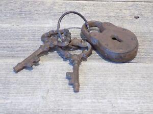 LOCK AND KEY SET PROP JAIL PRISON DUNGEON SKELETON KEY GUARD PLAY JAILER WARDEN