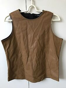 Riders Vest Sleeveless Knit Blouse Top SiZe 10 Tan Black