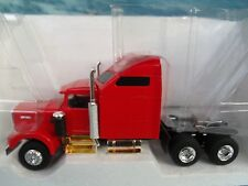 1/43 Eligor (France)   Kenworth W900 with aerocab
