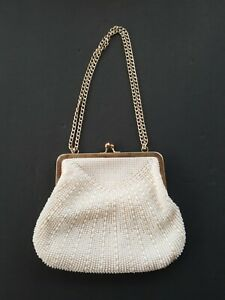 """Small Handbang  Pearl Accents With Over The Shoulder Chain 8""""×6,5"""""""