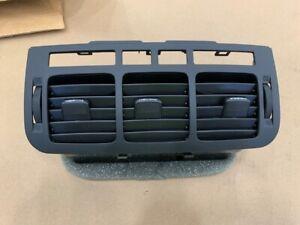 15808055 NOS OEM GM Dash Heater-Defroster Air Outlet Vent Grille
