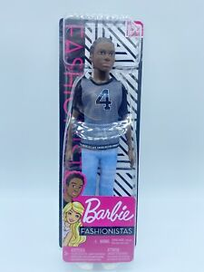 Barbie GDV13 Fashionistas Doll with Knitted Top #130