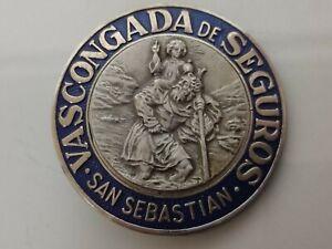 ANTIGUA PLACA VASCONGADA DE SEGUROS SAN SEBASTIÁN 5cm DIAMETRO ESMALTADA RELIEVE