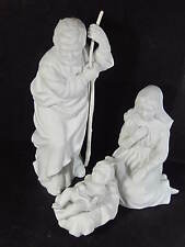 Avon 1982 Nativity Collectibles 3 Piece Holy Family White Porc Bisque w/ Box