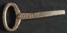Ancienne clé de crémone ; mâle ; carré de 5 mm - Chateau -