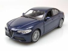 Alfa Romeo Giulia 2015 Blue Met Burago 1:24 BU21080BL