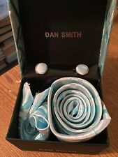 Dan Smith man's blue Neck Tie + Cufflinks + Hanky in gift box- NEW GIFT SET
