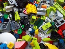 LEGO 200 PETITES PIECES Mix Inhabituel Rare finition pièces Charnières Clips tuiles briques