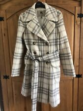 Burberry Coat Size 6 with original Hanger & Bag