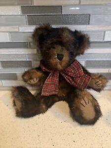 Boyds Bears J.B. Bean & Associates Collection Plush Stuffed Sable B Bearsdale