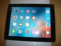 Apple iPad 2 32GB, Wi-Fi + Cellular (Unlocked), 9.7in - Black***CRACKED***