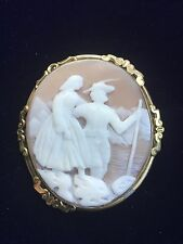 ANTIQUE VICTORIAN PINCHBECK CARVED CAMEO BROOCH
