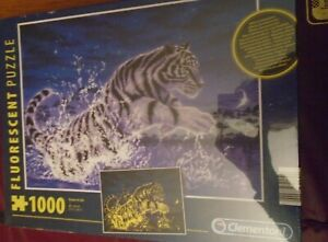 New Fluorescent Jigsaw Puzzle 1000 Piece - Power of Life - Tiger Design - Sealed
