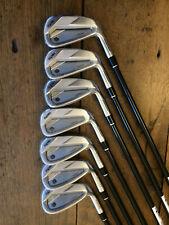 Série 7 clubs (5 à 11) golf HONMA TR20 P graphite forged NEUF!