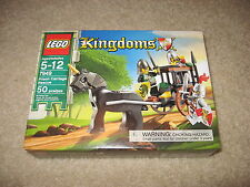 LEGO 7949 Prison Carriage Rescue Kingdoms Castle Figure BRAND NEW SEALED