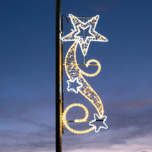 1.7m Outdoor LED Christmas Shooting Star Lamp Post Silhouette Motif | Rope Light
