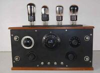 Récepteur radio TSF à batteries 4 x lampes extérieures années 20's