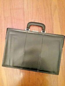 Handsome slim black leather-look vinyl single lock folder/document brief case