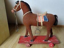 Pferd Ziehpferd Schaukelpferd aus Jute Heu Lederohren Glasaugen Rosshaar um 1910