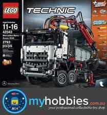 LEGO 42043 Technic 42043 Mercedes-Benz Arocs 3245 Brand New Minor Box Damage