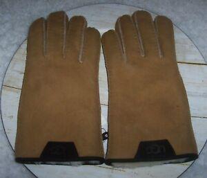 UGG Classic Sheepskin Shearling Gloves Chestnut Suede Leather Trim Mens M *NWT*