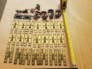 21 x Vintage brass Fingertip Design H Pattern Cabinet Hinges + 6 Handles Job Lot