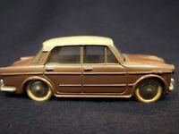Dinky Toys Fiat 1200 Gran Luce  scala 1/43