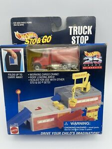 Hot Wheels Sto N Go Truck Stop 25th Year With Red Dump Truck FREE SHIPPING