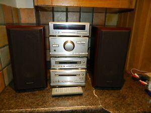 Technics HiFi Separates SE-HD301 Amp, CD Player,Tuner, Cassette Speakers, Remote