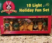 Vintage Christmas Looney Tunes Holiday Fun 10 Lights Set