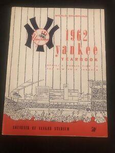 1962 New York Yankees Program World Champions Yearbook Maris & Mantle NM!