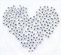 "200PCs white Acrylic Alphabet ""A-Z"" Spacer Heart Beads 7mm(1/4"") D001"