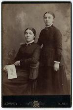 photo cdv cab. femmes de l'armée du Salut à Nîmes 1880 Gard Journal En Avant