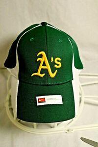 NIKE OAKLAND A's MLB EMBROILED BASEBALL CAP